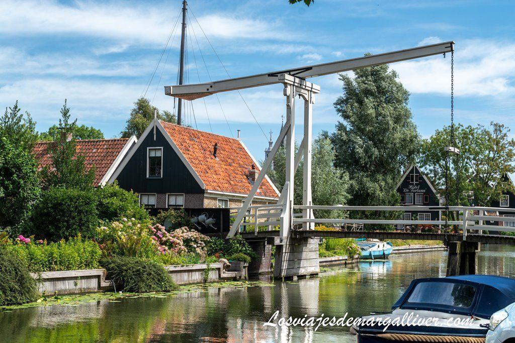 Puente elevadizo de Edam , pueblos cerca de Ámsterdam - los viajes de Margalliver