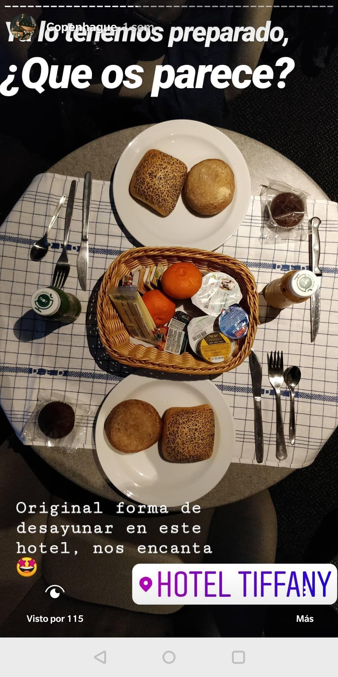 La story que subimos a nuestro instagram enseñando como es el desayuno del hotel Tiffany en Copenhague- Los viajes de Margalliver