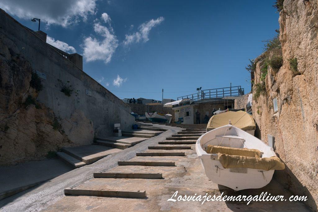 comprar tickets paseo en barco blue grotto Malta - Los viajes de Margalliver