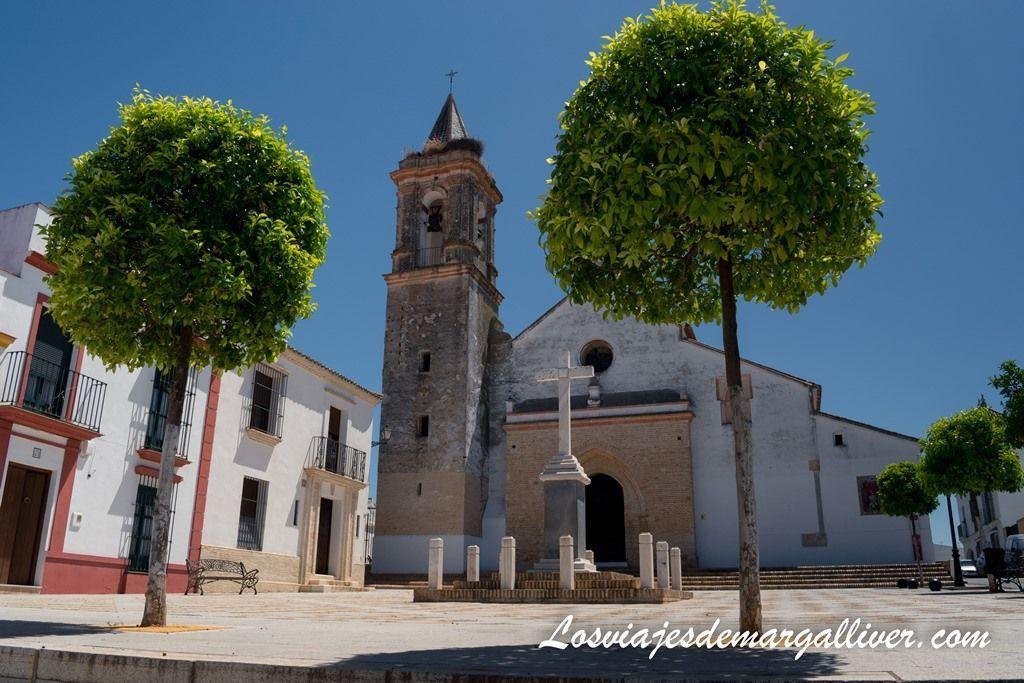 Iglesia de San Eustaquio en Sanlucar la Mayor - Los viajes de Margalliver