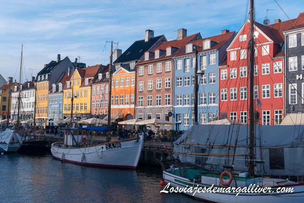 Nyhavn y sus casitas de colores, que ver en Copenhague en 3 días - Los viajes de Margalliver