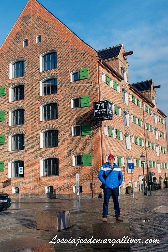 Edificio pintoresco del Nyhavn en Copenhague - Los viajes de Margalliver