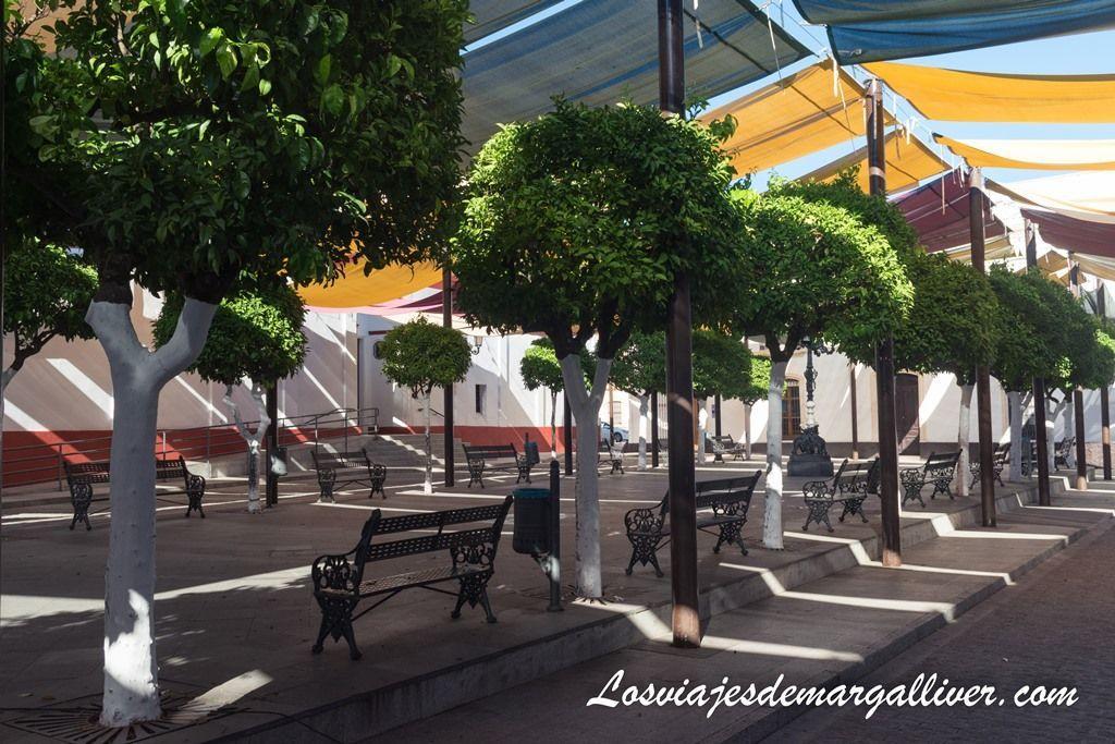 Plaza de España de Olivares en la ruta por el Aljarafe - Los viajes de Margalliver