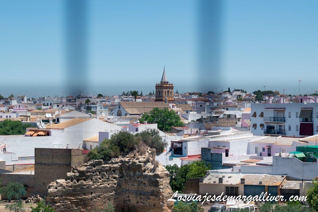 vistas de Sanlúcar la Mayor desde la torre de la iglesia de san pedro - Los viajes de margalliver