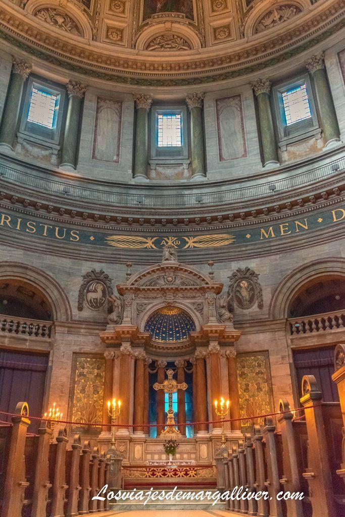 Interior de la iglesia de Marmol en Copenhague - Los viajes de Margalliver