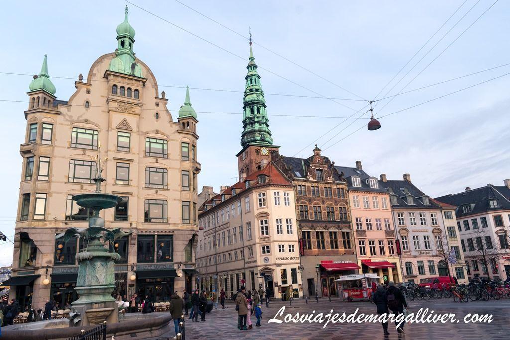 Plaza Amagertorv, que ver en Copenhague - Los viajes de Margalliver