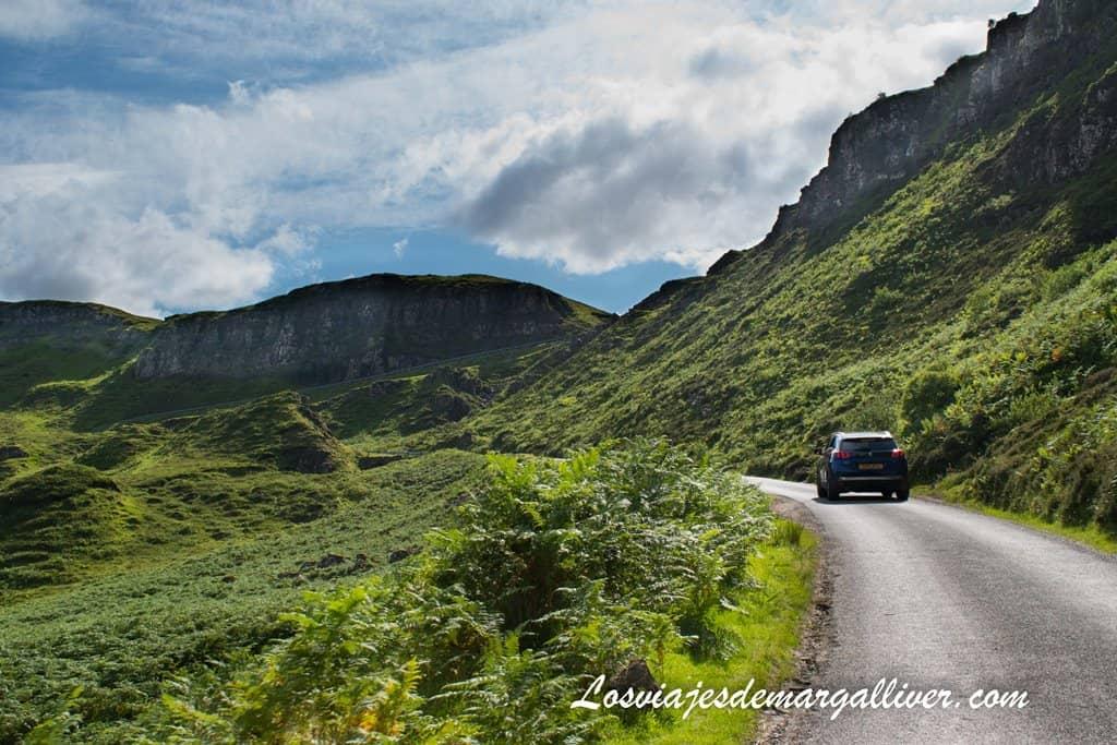 Subiendo a Quiraing, un día en la isla de Skye - Los viajes de Margalliver