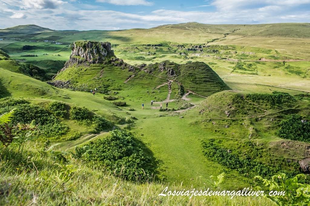 El mágico valle de las hadas o fairys glen en isla de Skye - Los viajes de Margalliver
