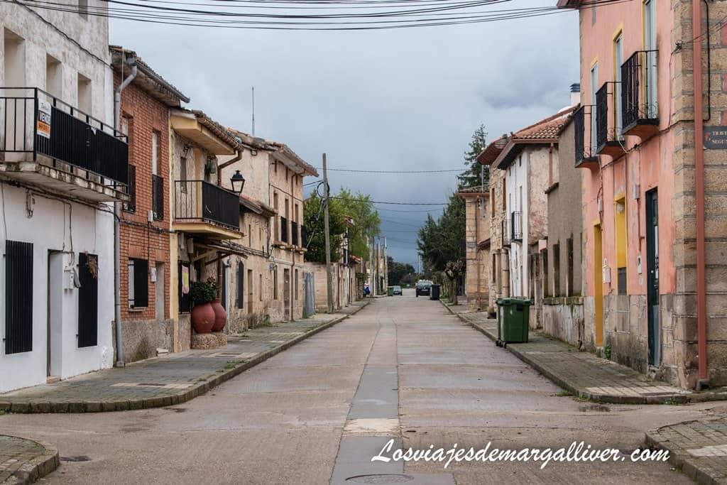 calle de Enmedio en Tamajón - Los viajes de Margalliver