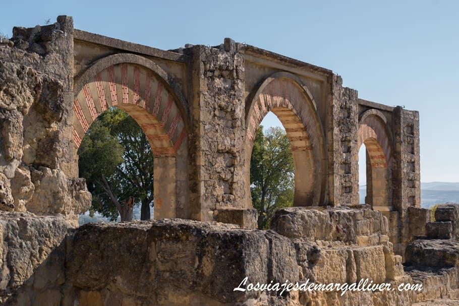 El gran pórtico de Medina Azahara en Córdoba - Los viajes de Margalliver