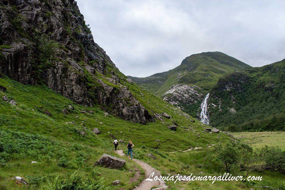 Valle del Glen Nevis Trekking en Steall Waterfalls en Escocia - Los viajes de Margalliver