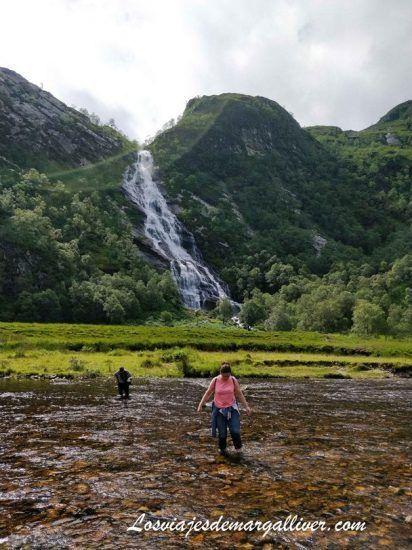 Río Nevis en Steall Waterfalls en Escocia - Los viajes de Margalliver