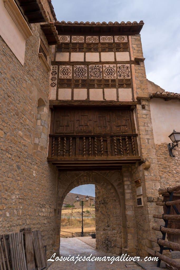 Portal de las Monjas, el más bonito de Mirambel - Los viajes de Margalliver