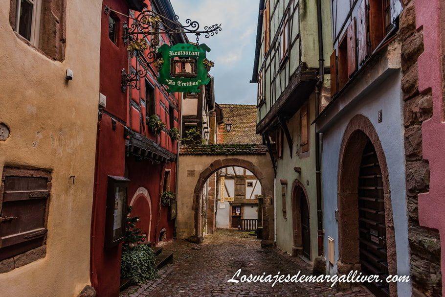 Rue des Juifs Torre de los ladrones en Riquewihr - Los viajes de Margalliver