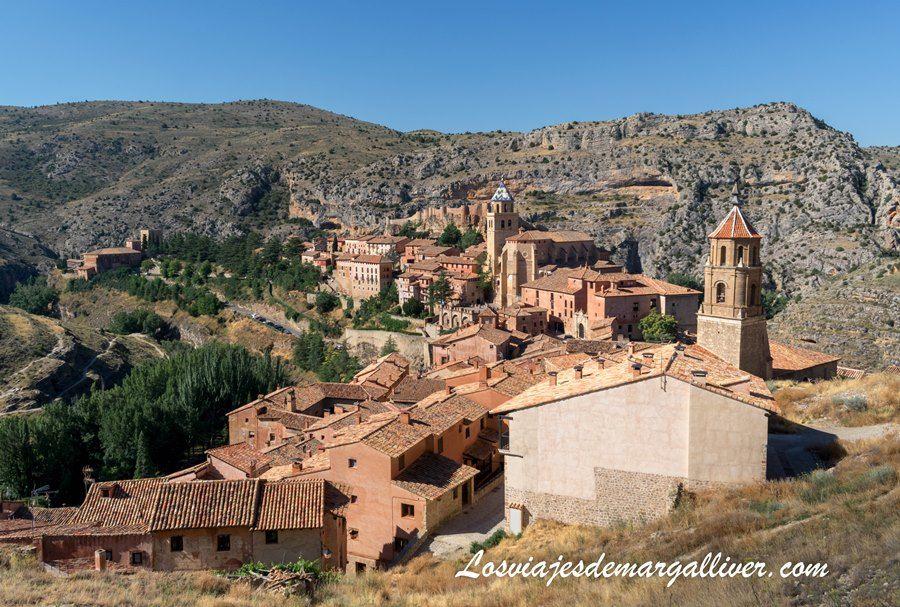Albarracín visto desde su muralla, pueblos más bonitos de Teruel - Los viajes de Margalliver