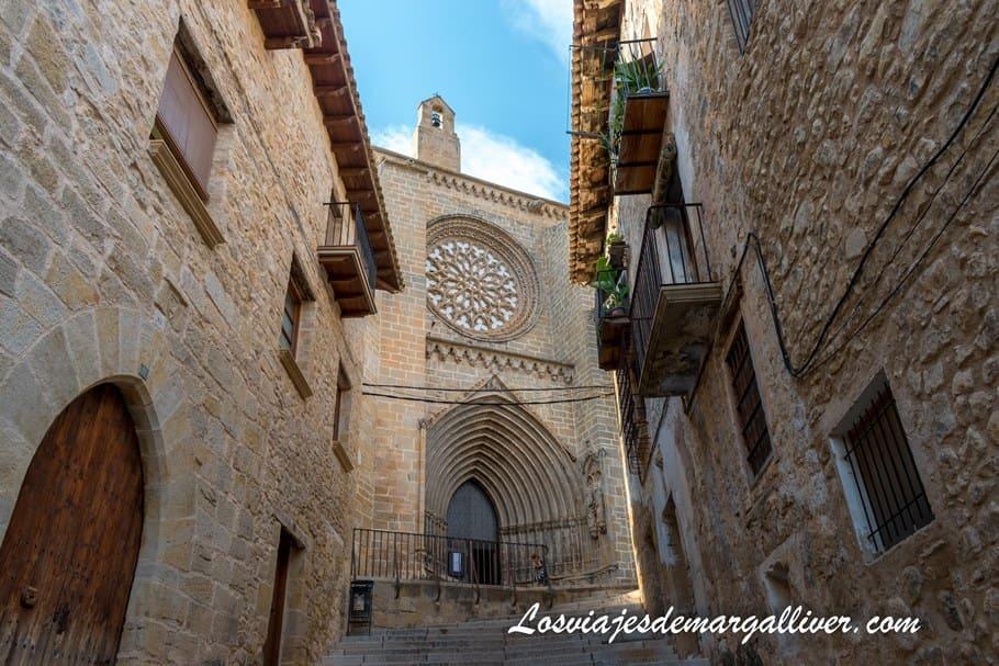 Iglesia de santa María la Mayor en Valderrobres en la provincia de Teruel - Los viajes de Margalliver