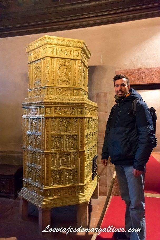 calentadores de las salas del castillo de Haut-Koenigsbourg - Los viajes de Margalliver