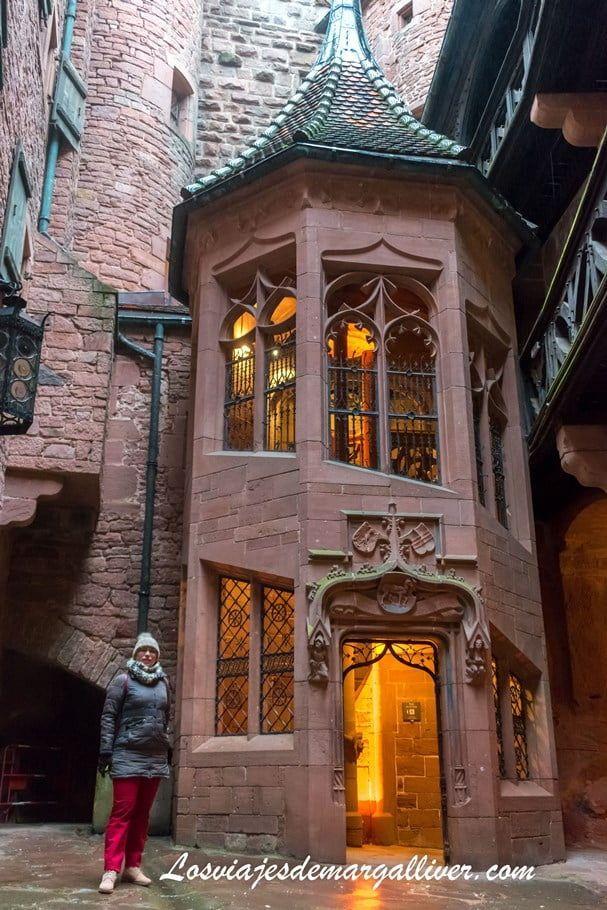 Escalera poligonal parece sacada de Harry Potter en nuestra visita al castillo de Haut-Koenigsbourg, - Los viajes de Margalliver