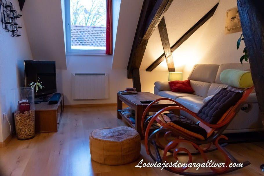 Salón de nuestra casa de intercambio en Colmar con HomeExchange - Los viajes de Margalliver
