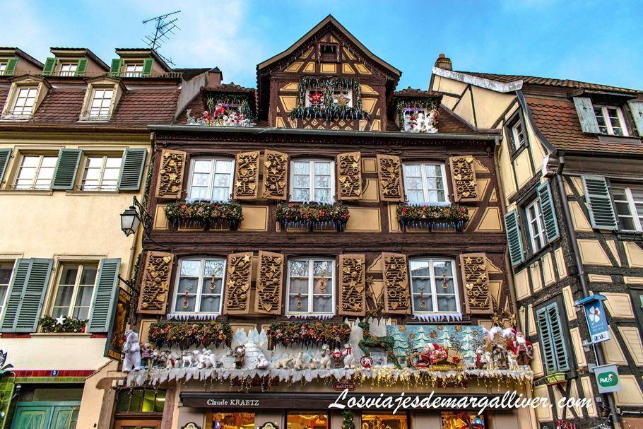 Qué ver en Colmar: La Panadería Claude Kraetz en la Place Jeanne d´Arc en Colmar, Alsacia - Los viajes de Margalliver