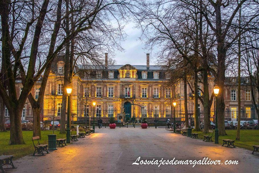 Prefectura del Alto Rhin en Colmar en Alsacia - Los viajes de Margalliver