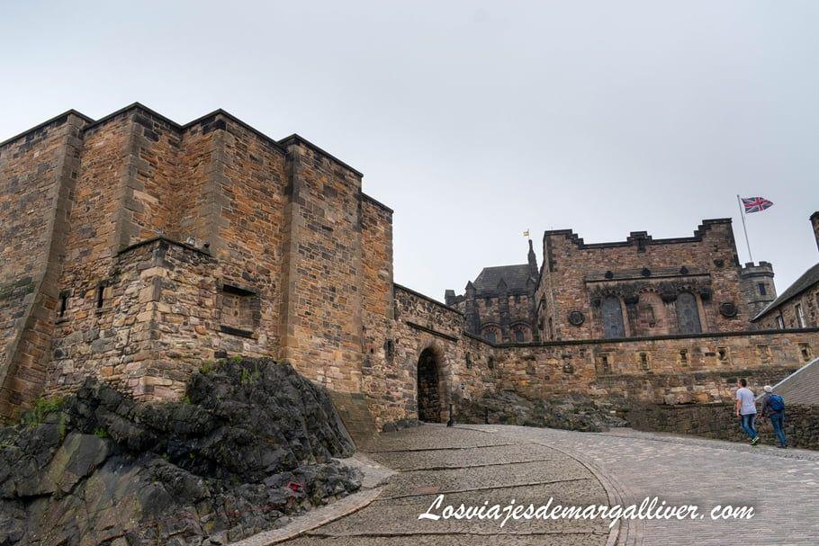 Interior del castillo de Edimburgo en Escocia - Los viajes de Margalliver