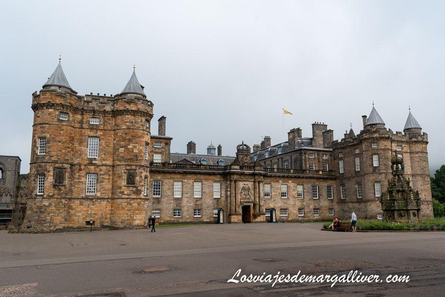 Palacio de Holyrood , 10 cosas que ver en Edimburgo - Los viajes de Margalliver