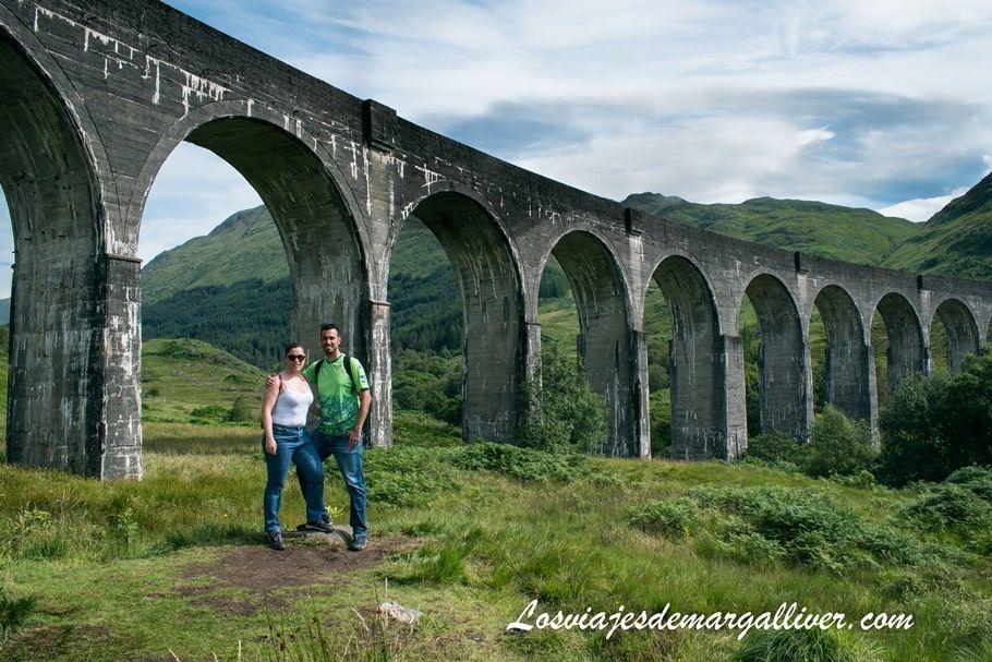 Los viajes de Margalliver en el viaducto de Glenfinnan en Escocia - Los viajes de Margalliver