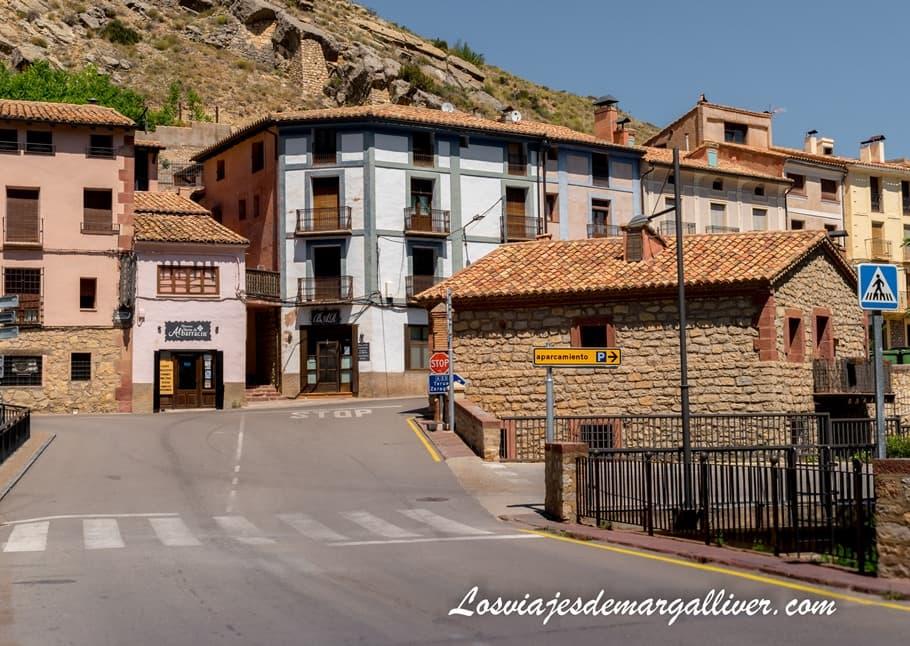 Aparcamiento público y gratuito en Albarracín, qué ver en Albarracín - Los viajes de Margalliver