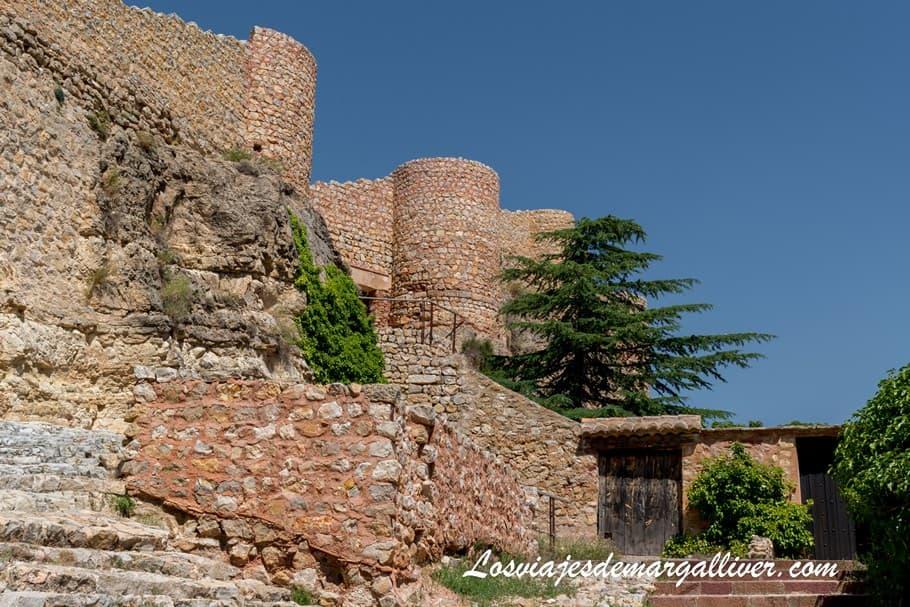 Entrada al Alcazar de Albarracín en la provincia de Teruel - Los viajes de Margalliver