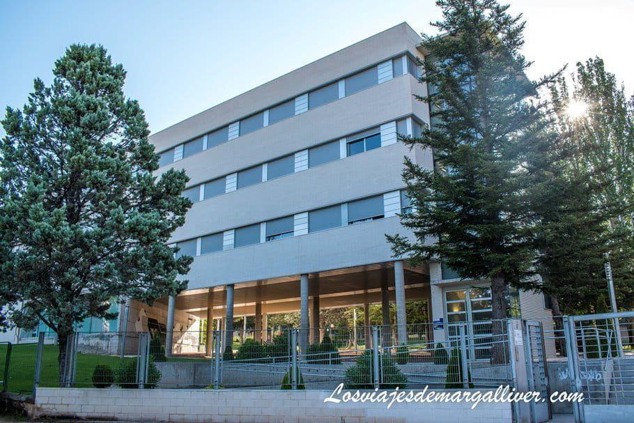 Colegio Mayor Pablo Serrano en Teruel - Los viajes de Margalliver