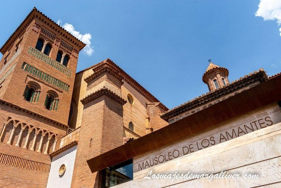 Edificio Mausoleo de los Amantes de Teruel - Los viajes de Margalliver