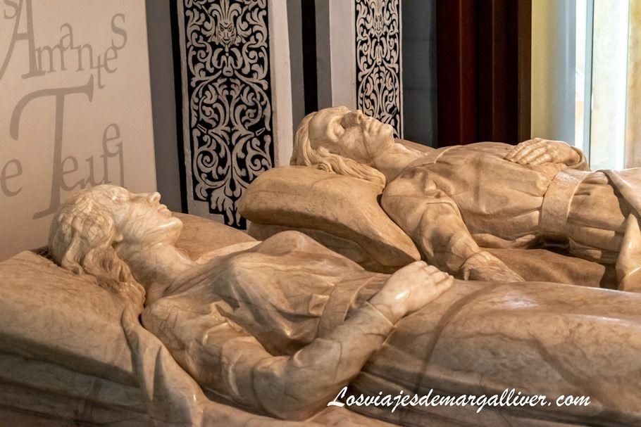 El Mausoleo de los Amantes de Teruel - Los viajes de Margalliver