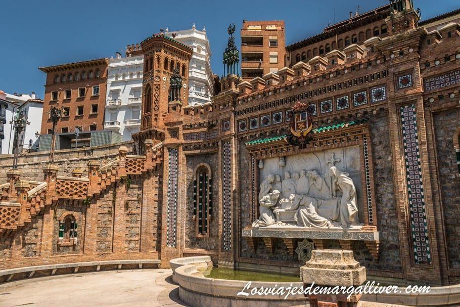 Escalinata del Óvalo en Teruel - Los viajes de Margalliver
