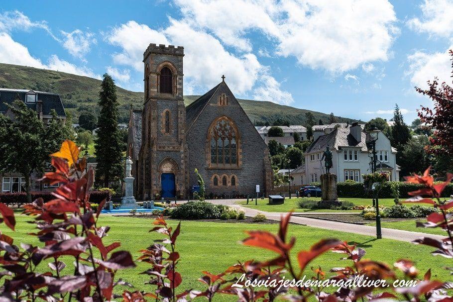 Iglesia de Fort William en nuestra ruta por Escocia - Los viajes de Margalliver