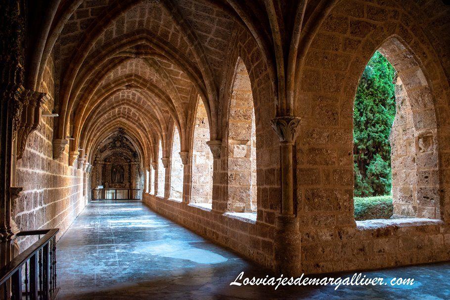 Claustro del Monasterio de Piedra - Los viajes de Margalliver
