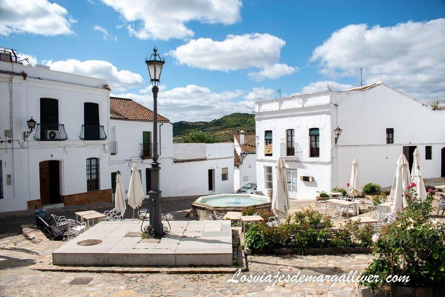 Plaza del Concejo, qué ver en Cazalla de la Sierra - Los viajes de Margalliver