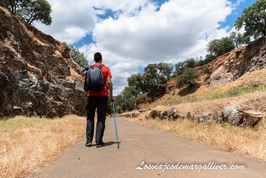Sendero Vïa verde en la sierra norte de Sevilla - Los viajes de Margalliver