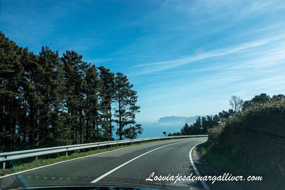 Carretera para llegar a San Juan de Gaztelugatxe en el país vasco - Los viajes de Margalliver