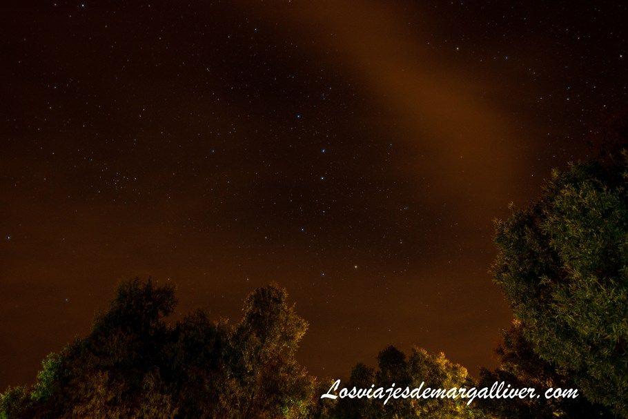 cielo estrellado de Cazalla de la Sierra visto desde las Navezuelas - Los viajes de Margalliver