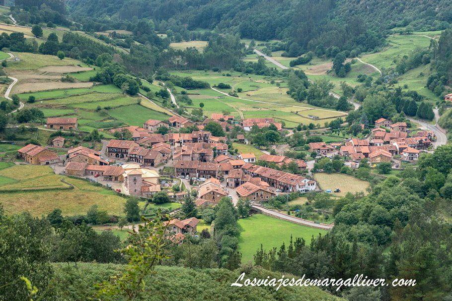 Carmona vista desde uno de sus miradores, Cantabria - Los viajes de Margalliver