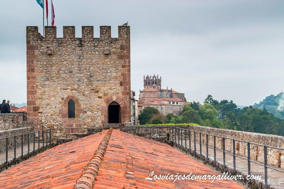 Castillo del Rey en San Vicente de la Barquera en Cantabria - Los viajes de Margalliver