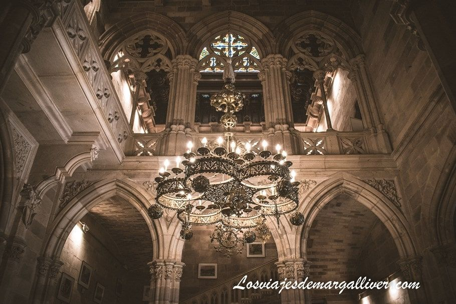 Interior del Palacio de Sobrellanos en Comillas - Los viajes de Margalliver