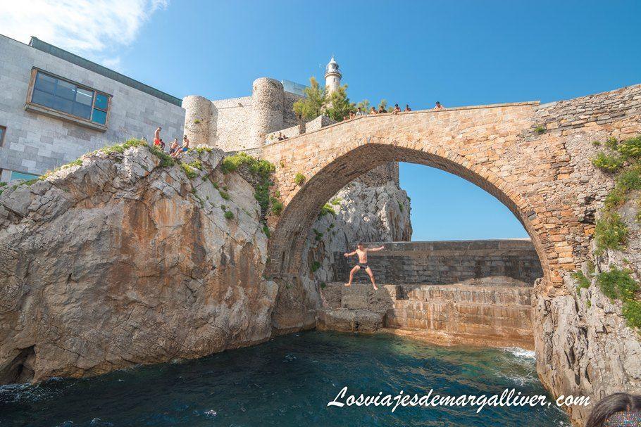 Puente Medieval de Castro Urdiales en Cantabria - Los viajes de Margalliver