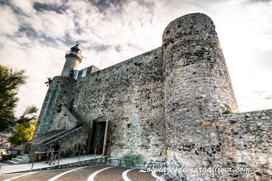 Castillo de Santa Ana en Castro Urdiales - Los viajes de Margalliver