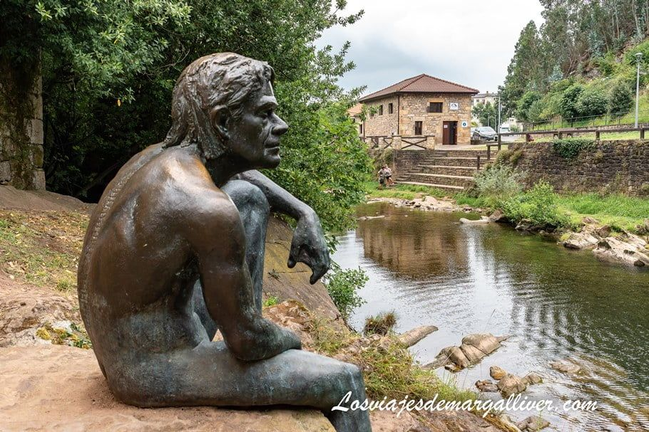 escultura del hombre pez de Liérganes - Los viajes de Margalliver