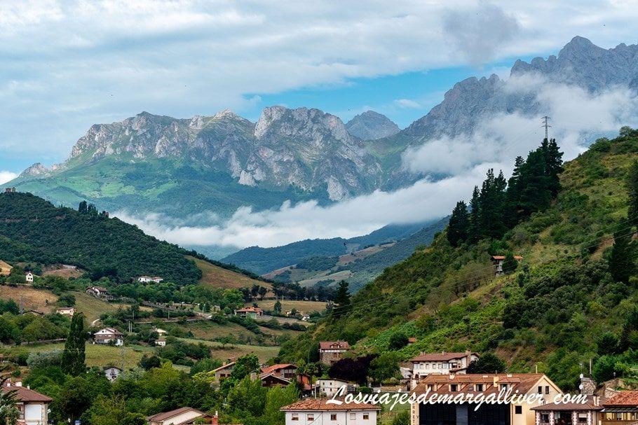 vistas de los picos de Europa desde la torre del infantado de Potes - Los viajes de Margalliver