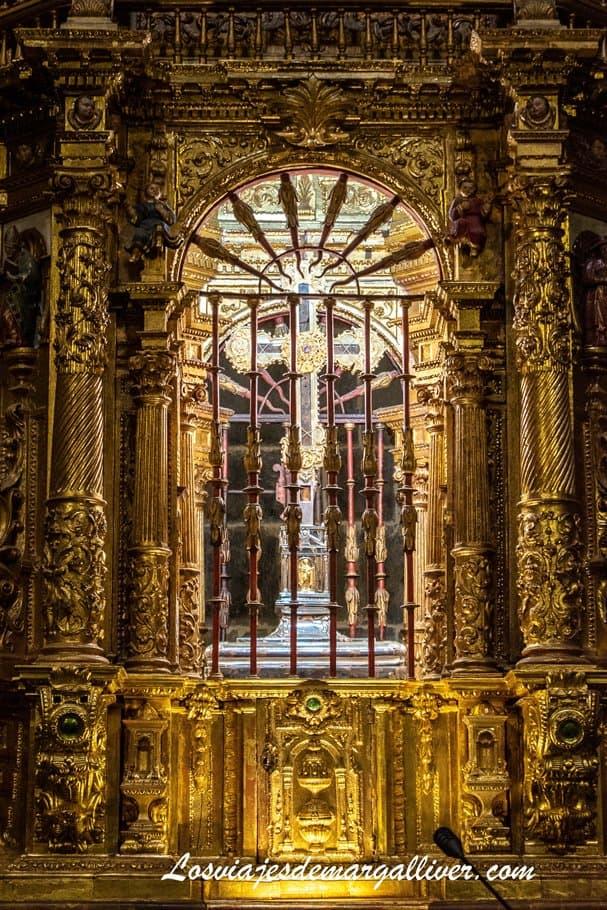 Lignum Crucis protegido en el monasterio de Santo Toribio de Liebana - Los viajes de Margalliver