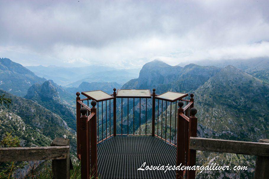 Mirador de Santa Catalina en Cantabria - Los viajes de Margalliver