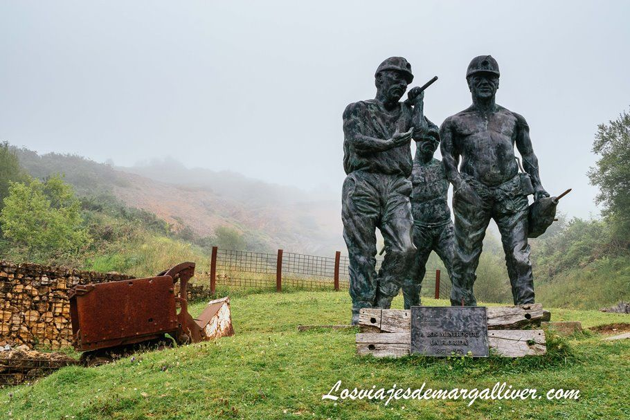 Escultura en recuerdo de los mineros de la Florida que estuvieron en la Cueva El Soplao, Cantabria - Los viajes de Margalliver